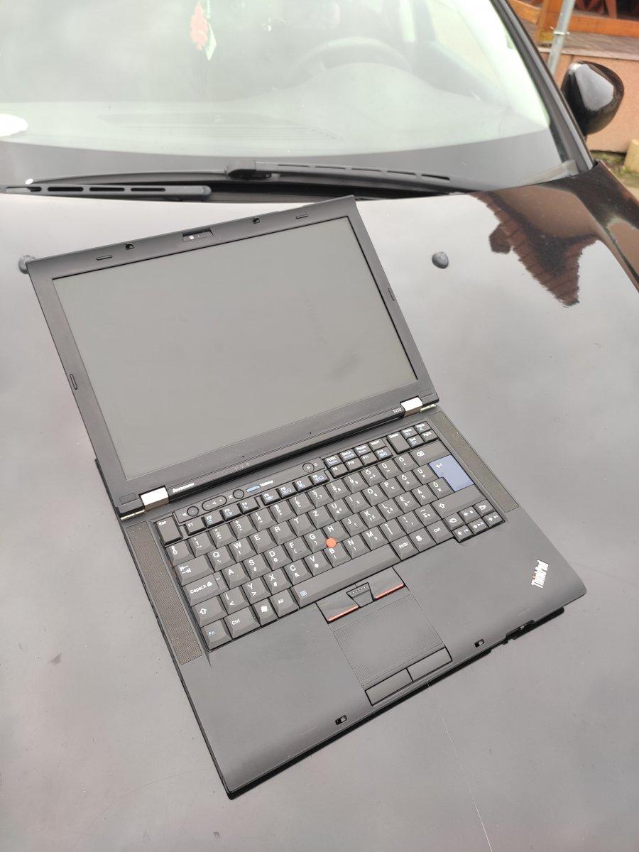 Milyen használt laptopot vegyek home office-ra?